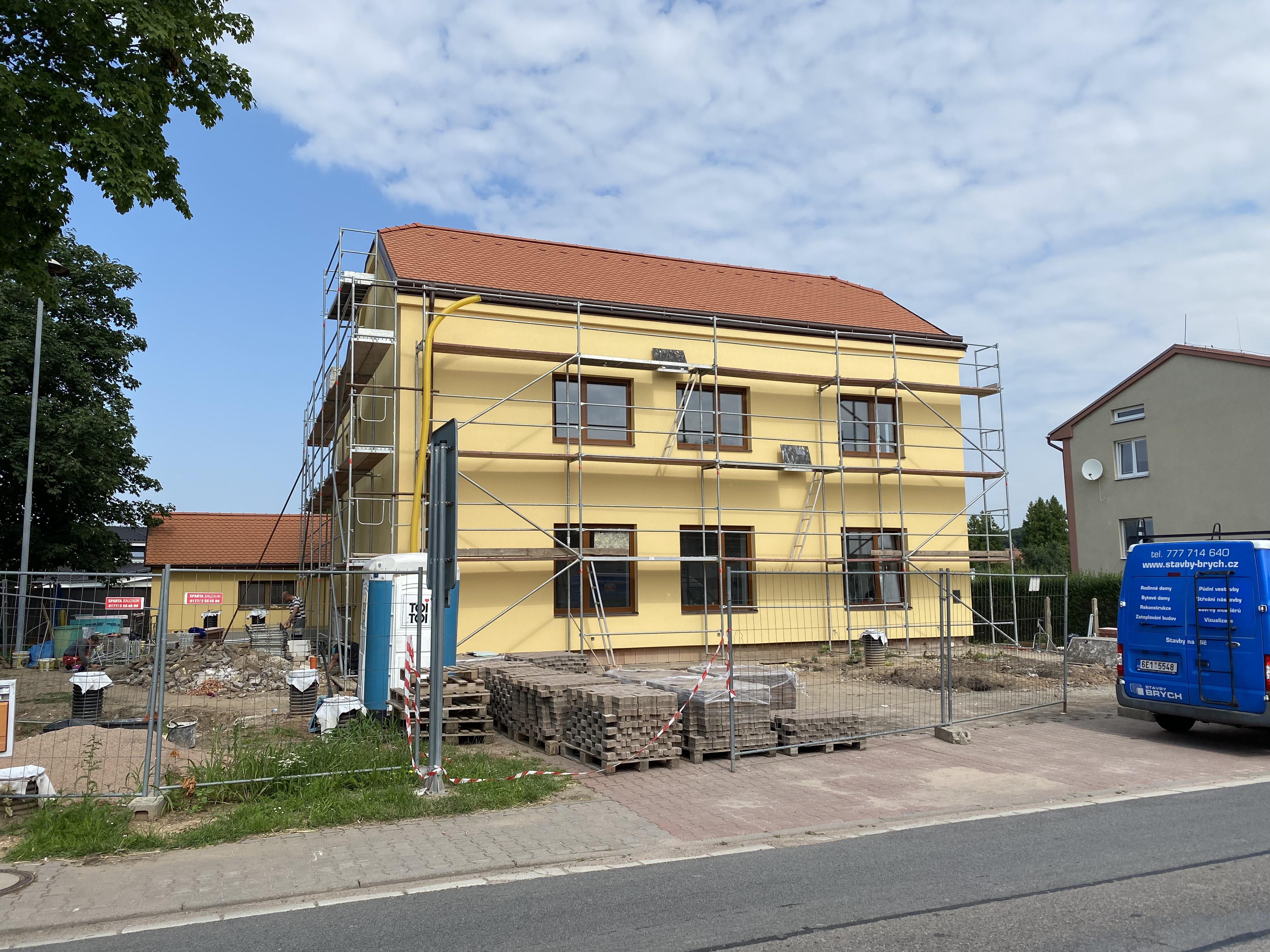 Přestavba budovy – OÚ Ráby